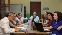 El consultor internacional en evaluación, Daniel Bogoya, durante una de las jornadas de formación al equipo académico de OMAPA, para el desarrollo del proyecto.